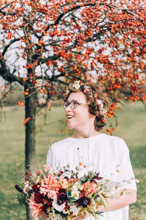 Svatební kytice podzimní barvy.