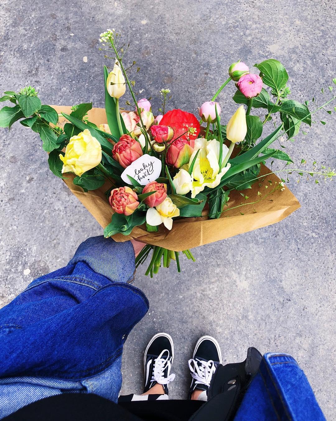 Předplatné od Loukykvět, jarní kytička, tulipány, narcisy, barevné.