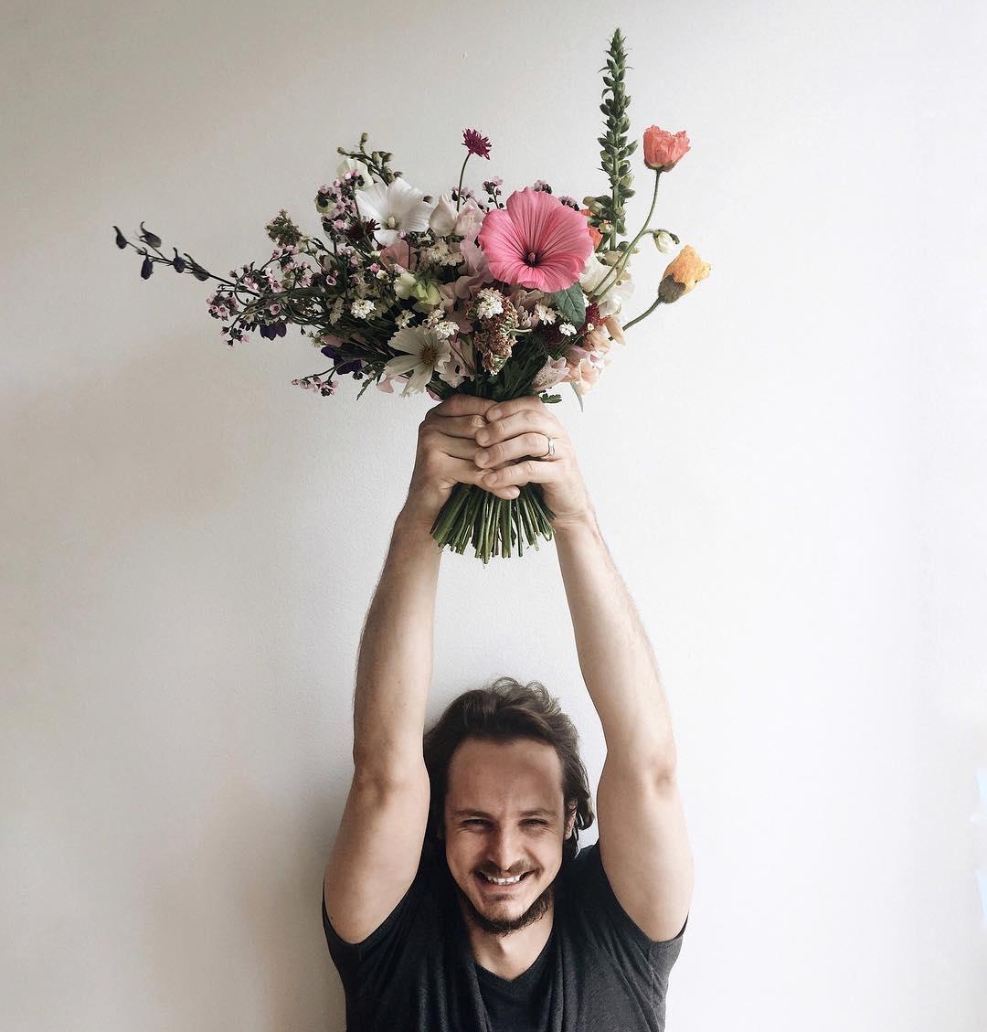 Celoroční květinové předplatné až ke dveřím, květiny deluxe, luční kvítí.